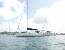 Poncin Yachts Harmony 42 : Au mouillage au Marin